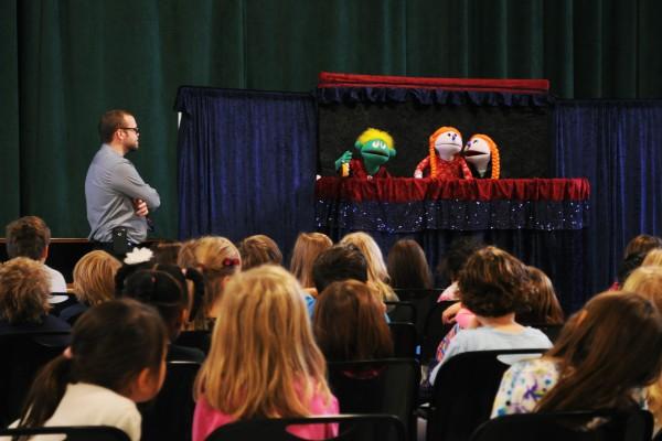 puppetshow1